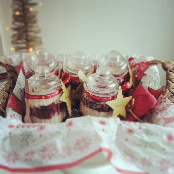 Cakes in a jar!