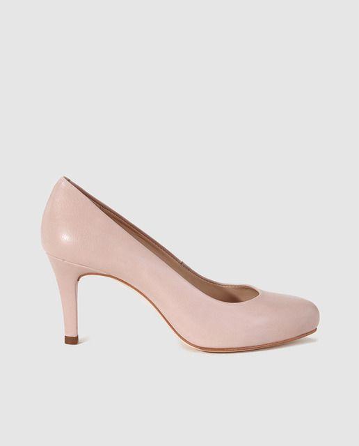 Zapatos de salón básicos de piel natural, puntera redonda y tacón tipo de aguja de 7,5 cm de altura, con plataforma forrada de 1,5 cm.