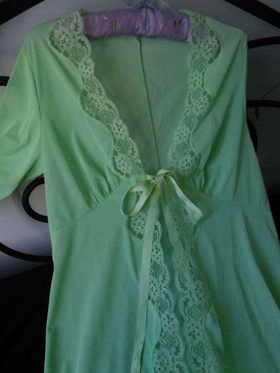 1970s French Vintage Brunch Coat Negligee by FromParisToProvence