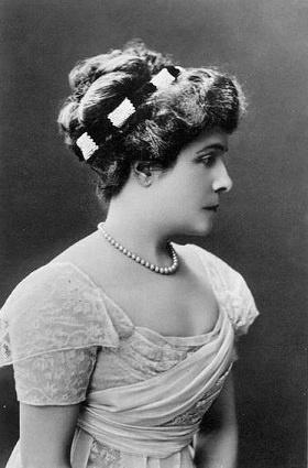 Infante Eulalie de Bourbon, duchesse de Galiera(1864-1958) épouse d'Antoine d'Orléans