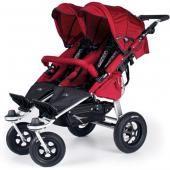 TFK детская коляска для двойни tfk twinner twist duo f  — 27900р.  производитель: tfk  особенности детской прогулочной коляски для двойни tfk twinner twist duo: детская коляска для двойни tfk twinner twist duo – это универсальная и комфортабельная прогулочная модель, которая прекрасно подойдет, как для двойни, так и погодок. эта представительница отличается легкостью, маневренностью и многофункциональностью. детская коляска для двойни tfk twinner twist duo очень просто, быстро и компактно…