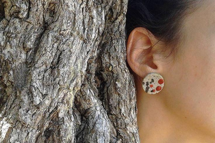 σκουλαρίκια με κεραμικές χάντρες