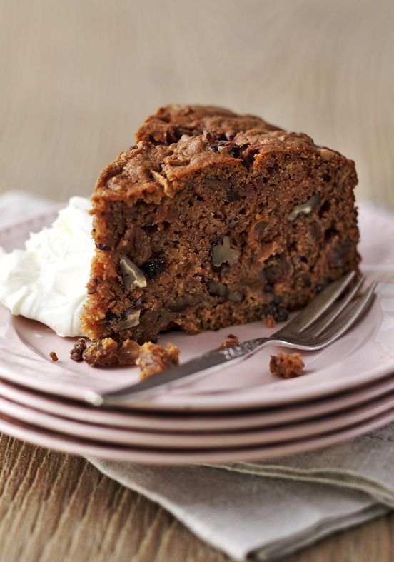 A classic apple and pecan cake served with rich mascarpone cream.