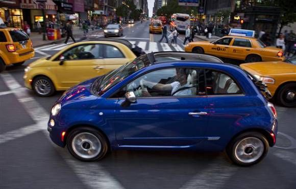 2012 Fiat 500c. 4844072