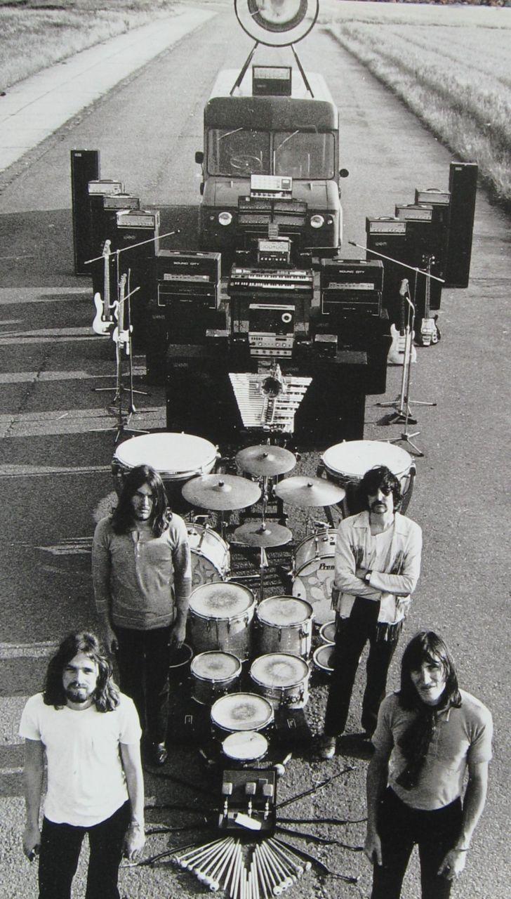 Pink Floyd et leurs arsenal atomique instrumental :D