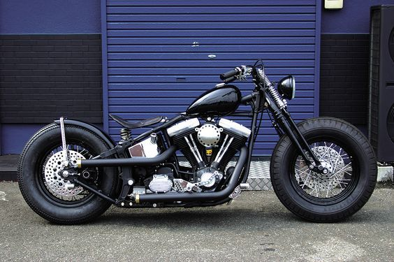 SO NICE! softail bobber: