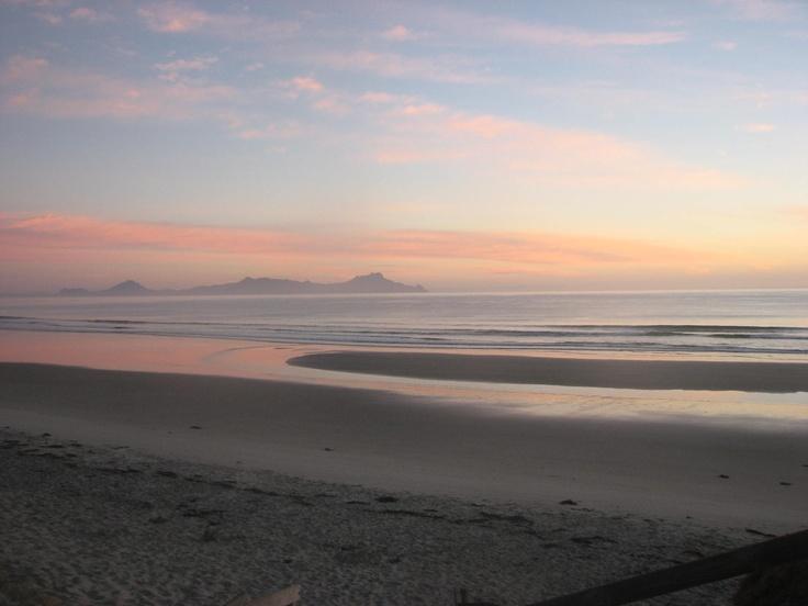 Waipu Beach Sunrise #flybuysnz
