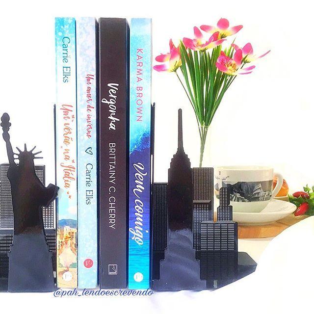 Inmymailbox Na Segunda Semana De Abril Eu Recebi Os Livros Um
