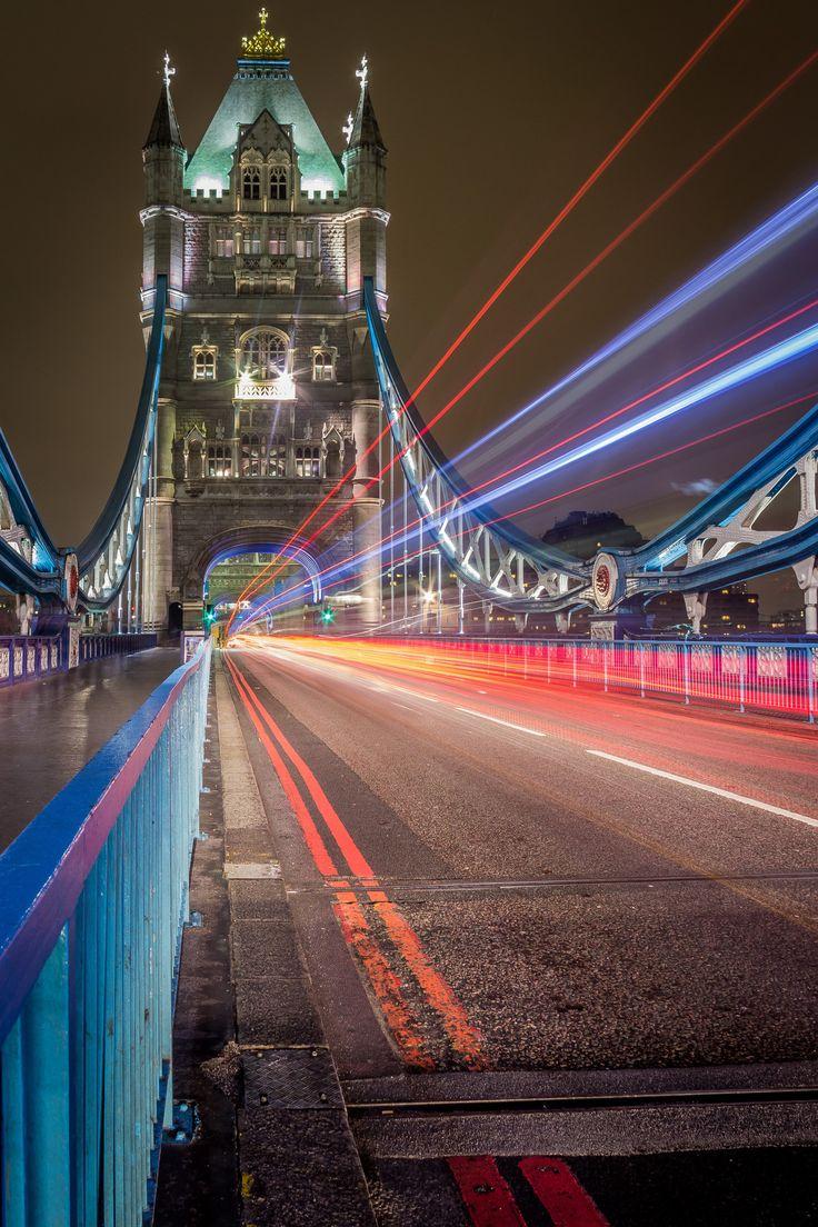 Night lights queens walk london - 25 Best Ideas About Tower Bridge On Pinterest London Bridge London City Images And Big Ben London