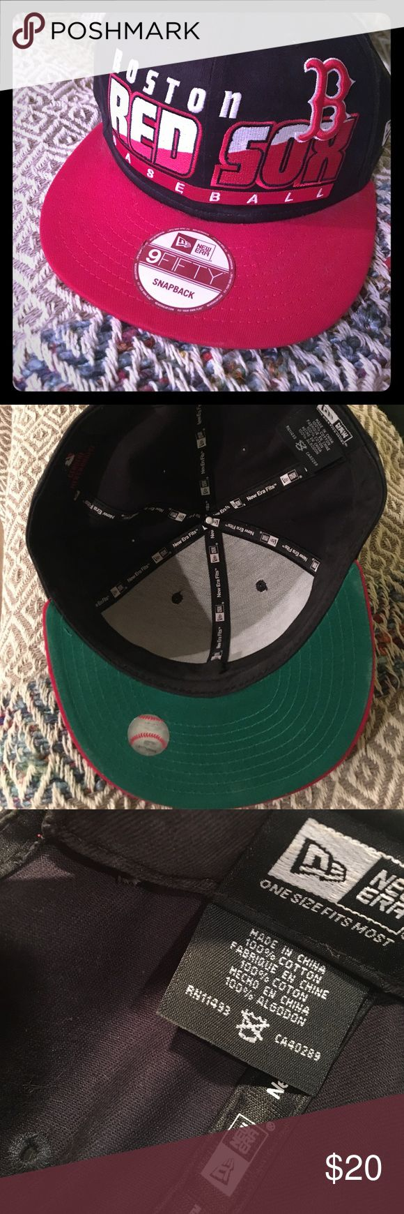 Boston Red Sox hat snapback Nice hat. Never worn. A little dusty from sitting on my son's bookshelf :) all stickers intact. New era, genuine mlb merchandise, 9fifty snapback. Spring training special! Go Sox ⚾️ New Era Accessories Hats