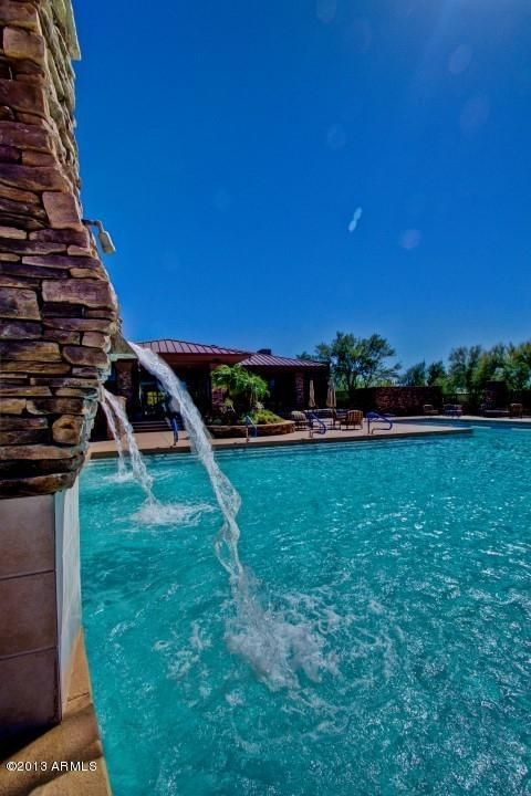 Gorgeous home for sale in Scottsdale, AZ. Love the pool! http://www.ziprealty.com/property/7885-E-BALAO-DR-SCOTTSDALE-AZ-85266/1100654/detail?utm_source=pinterest&utm_medium=social&utm_content=20131209_1&utm_campaign=beautifulhomes