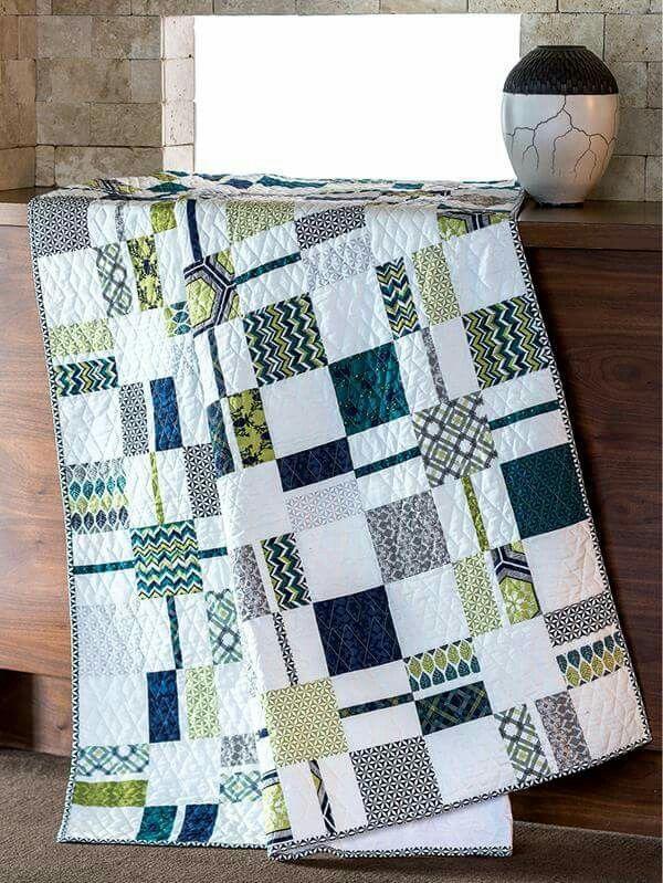 Modern Patchwork Quilt Patterns Free : Best 20+ Patchwork quilting ideas on Pinterest Quilting patterns free, Baby patchwork quilt ...