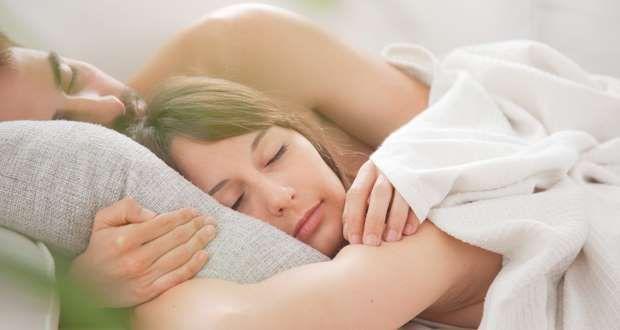 casal-dormindo.jpg