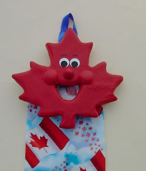 Canada Maple Leaf Coin Catcher