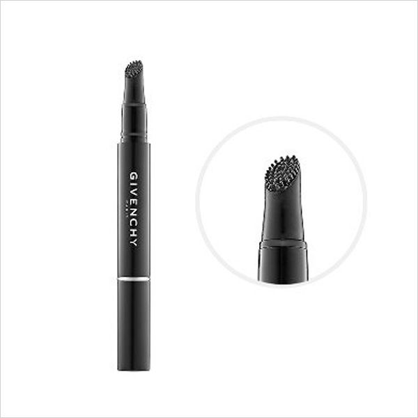 These eyelash primers may just make you put away your falsies