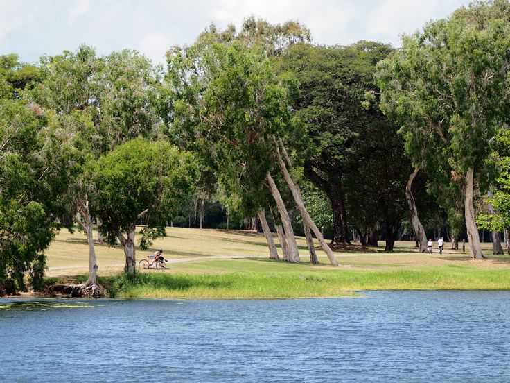 L1M1AS3 - Landscape - f/7.1, 1/400 sec, ISO-200.  Ross River, Townsville, QLD