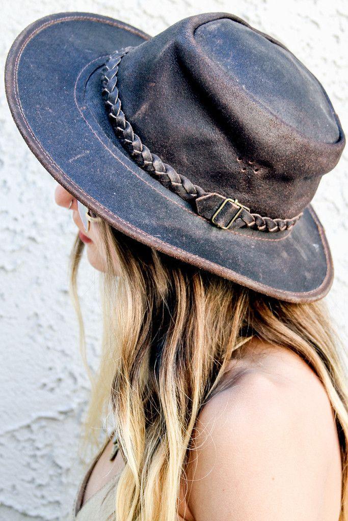 Festival Hopper Leather Hat #BohoInspired
