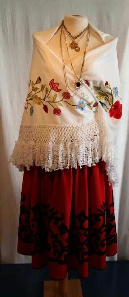 Embroideries & aplique from Nisa - Alentejo, Portugal