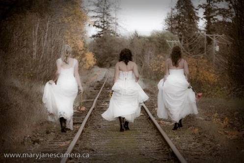 group trash the dress :)