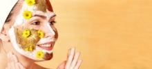Λαμπερό πρόσωπο με 7 σπιτικές μάσκες που θα διώξουν τα σημάδια της κούρασης από την επιδερμίδα σας
