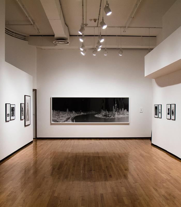 6 Intimate Chicago Arts Museums Choose Chicago Art Museum Museum Interior Contemporary Museum