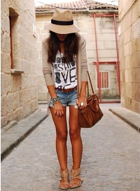 Super casual summer outfit: