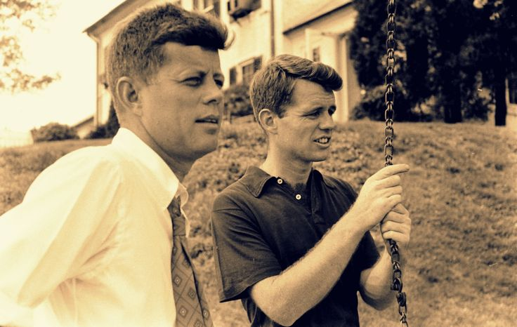 •Just a proud American who's a huge nerd when it comes to history and The Kennedys • *Future First...
