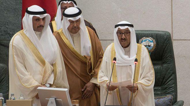 وزير الداخلية الكويتي يهاجم وزير الدفاع تعمد إخفاء الحقيقة الكاملة عن الشعب Kuwait Stand Down Six Nations