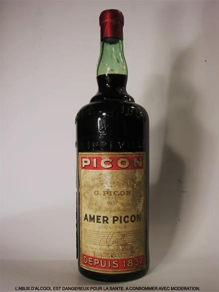 Eindejaarsperiode: goed momentum om die langbewaarde fles Picon te kraken.. Santé!