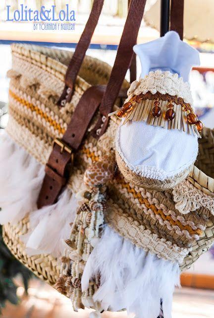 cubrebotas boho chic denim capazo strawbag moda Boot cuffs fashion accessories alaolita&Lola: Capazo y alpargatas de conchas Strawbag and espa...