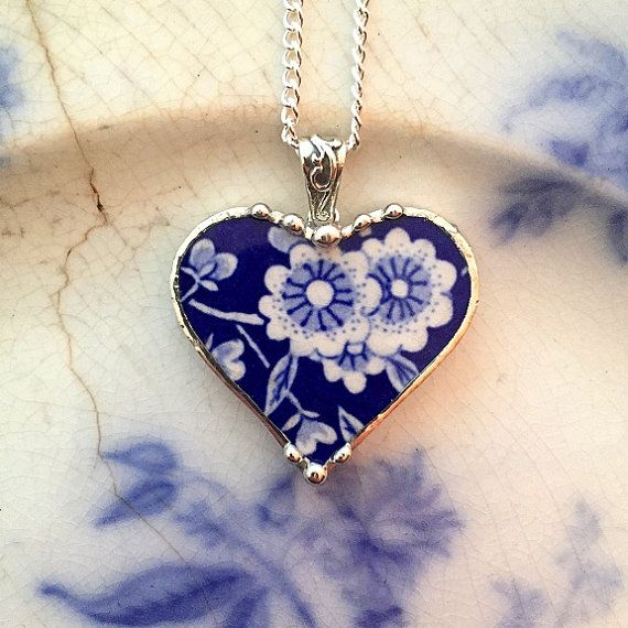 Gebrochene China Schmuck - broken China Herz Anhänger Halskette - Antik Blau Calico Chintz floral China gebrochen