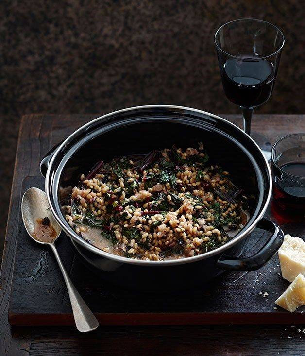 Our Game of Thrones-themed collection of recipes will transport you to the Seven Kingdoms in no time. From sausages braised with barley to Meyer lemon cakes, roast oysters to a game pie.