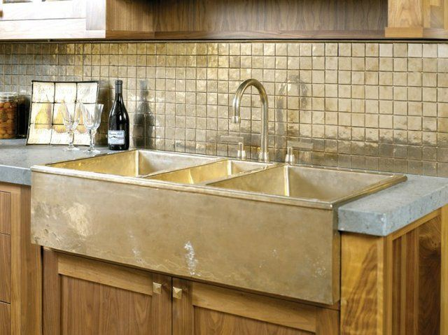 Rocky Mountain Hardware Farmhouse #Sink #kitchen   Love The Backsplash Too   Those Gold