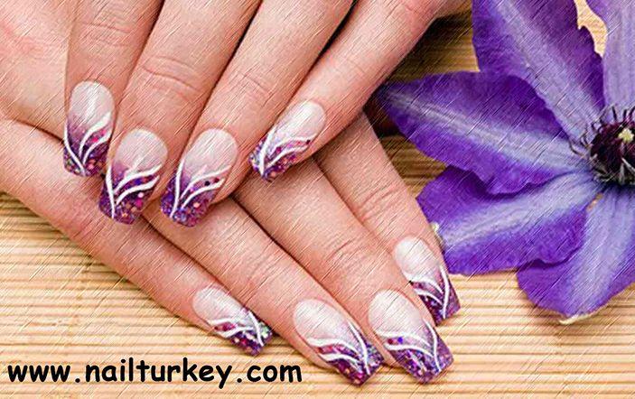 Kalıcı oje ile tırnaklarınızın güzelliğini koruyun http://www.nailturkey.com/kalici-ojeler