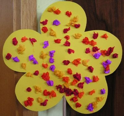Einfache Frühlingsblume für Kleine - creadoo.com