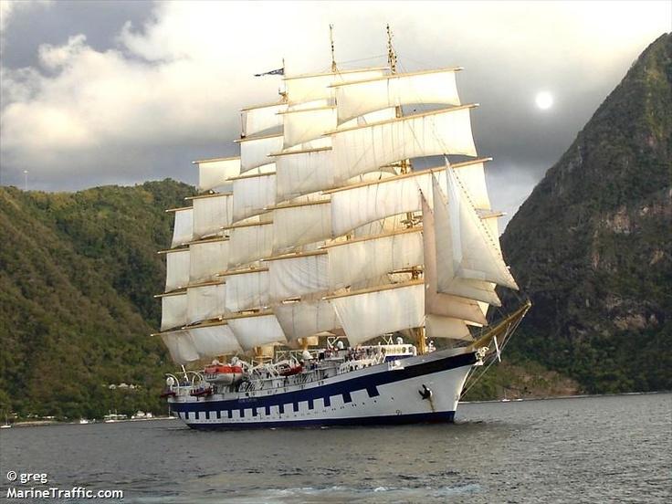 Место: St. Vincent and the Grenadines (Широта / Долгота: 12.98431 / -61.28723 -