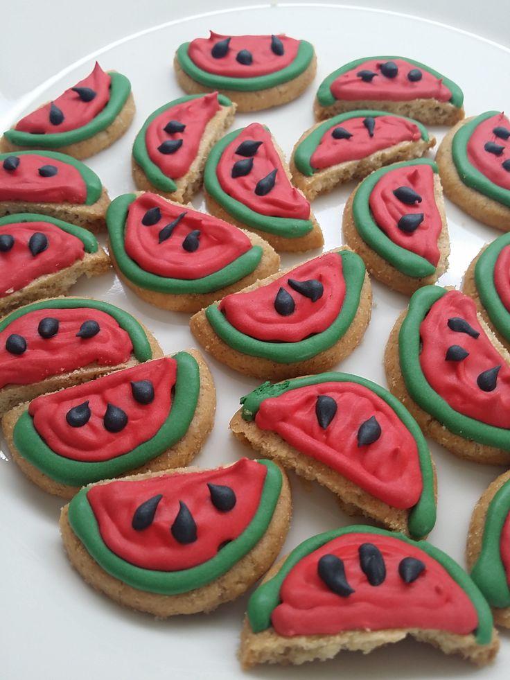Watermelon cookies Vesimeloni-keksejä