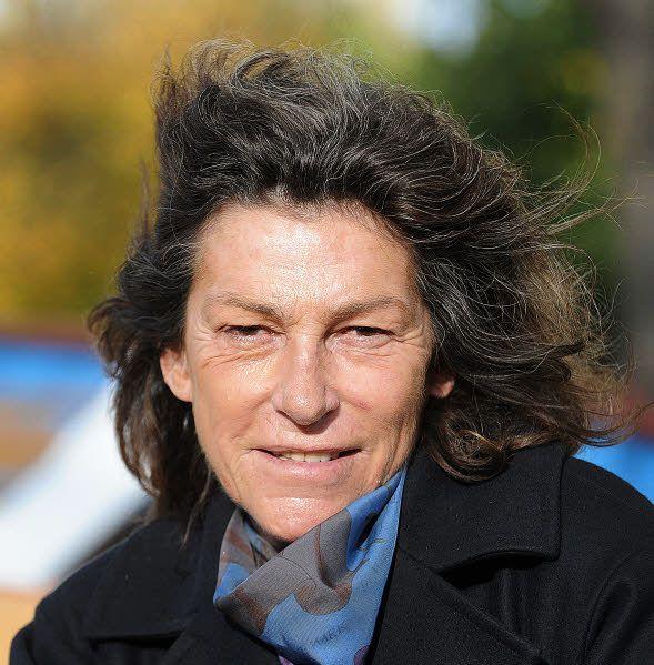 Florence Arthaud - « La petite fiancée de l'Atlantique » est toujours la seule femme à avoir gagné la Route du Rhum, en 1990.