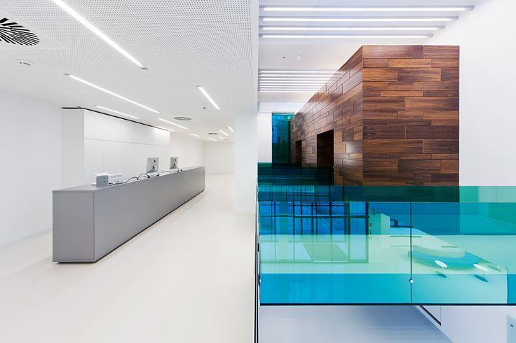 Foldes Architects | www.foldesarchitects.hu | #innovation #centre #architecture #interior #glass #wood #reflection #bridge