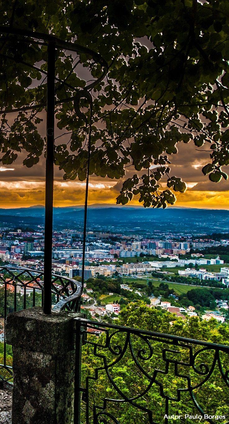 Uma vista sobre a cidade de Braga