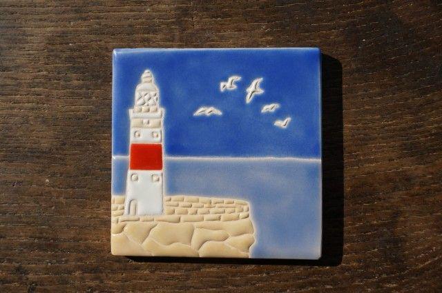 灯台とカモメ Faro y Gaviota - Gracias