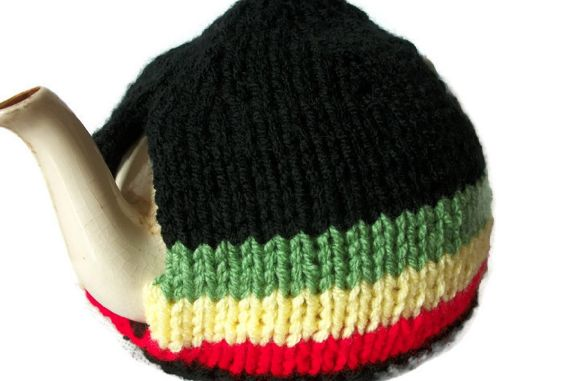 Rasta Tea Cosy, Hand Knitted