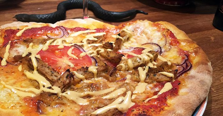 Laga en jävligt god pizza för miljön! Receptet står Gustav Johansson för, bloggaren bakom Jävligt gott!