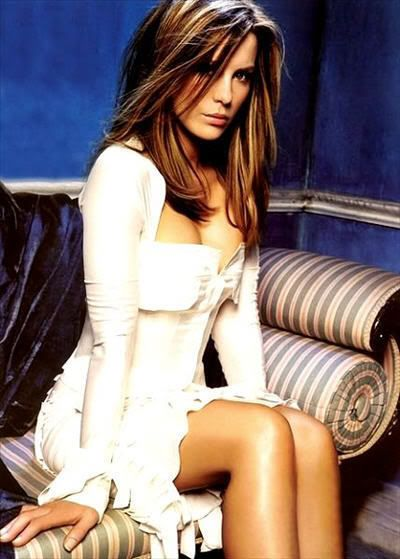Love the hair color. Well, really I wish I could look just like this, but the hair would do :)  Kate Beckensale