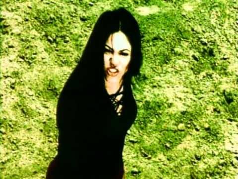 Music video by Shakira performing Pies Descalzos, Sueños Blancos. (C) 1996 Sony Music Entertainment