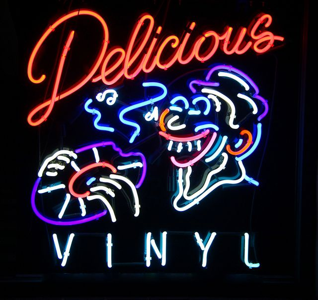 hollywood // california // neon: for those with clown phobias, this sign is simultaneously frightening, yet fascinating   http://store.deliciousvinyl.com/