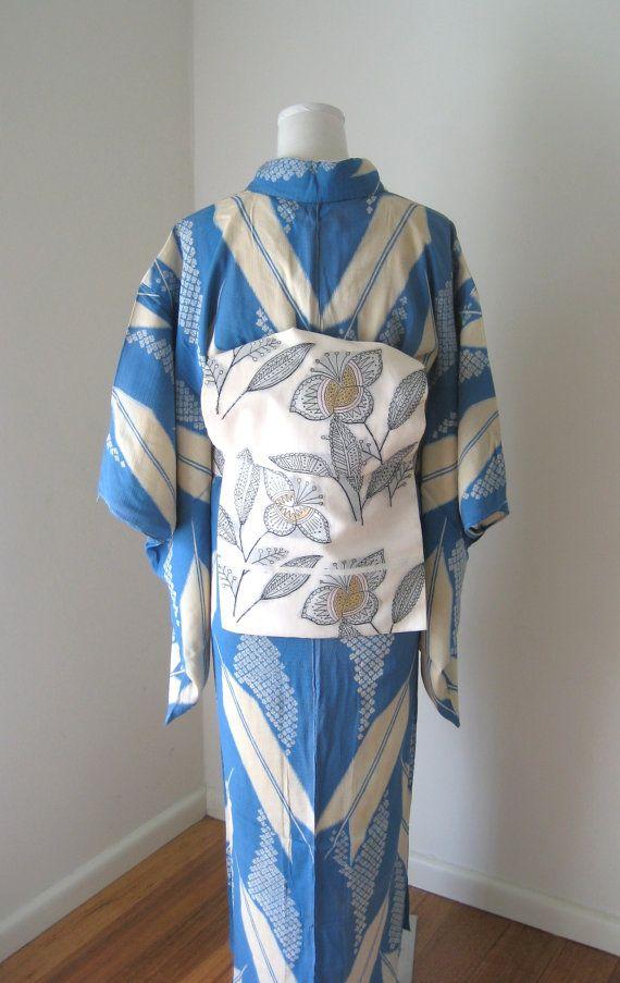 Vintage KIMONO casual summer silk arrow motif.