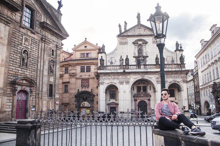 Индивидуальные фотопрогулки в Праге За подробной информацией обращайтесь: ✅директ @alenagurenchuk +420608916324(WhatsApp/Viber) ✉alena.gurenchuk@gmail.com alenagurenchuk.com/pages/contact/ ~~~~~ Фотография в категории: #alenagurenchuk_man ~~~~~ #alenagurenchuk #photographerprague #photographerinprague #prague #praguephotographer #фотопрогулкапопраге #фотосессиявпраге #Прага #фотографвпраге #фотографпрага #фотографвчехии #лавсторивпраге #фотосессияпрага #fotografpraha #fotografvpraze #praha…