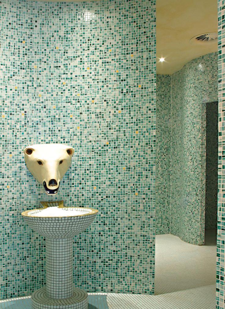Erfrischung nach dem #Dampfbad: Auch #Eiscrusher hat #TEKA für Sie im Angebot. http://www.teka-sauna.de/teka/teka-professional/module/eiscrusher