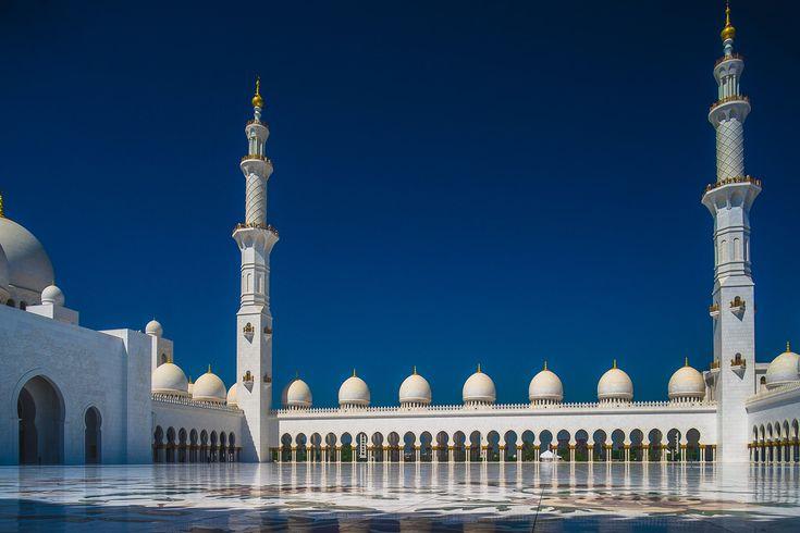 Sheikh Zayed Grand Mosque in Abu Dhabi _DSF3595-HDR FUJIFILM X-T1 + Mitakon Zhongyi Lens Turbo Focal II Reducer Adapter for M42 + M42 Tokina RMC 17mm f3.5_